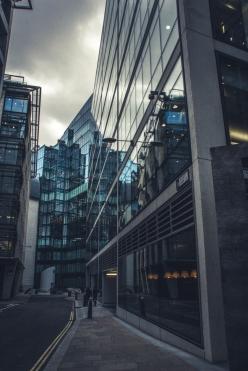 Building London25I